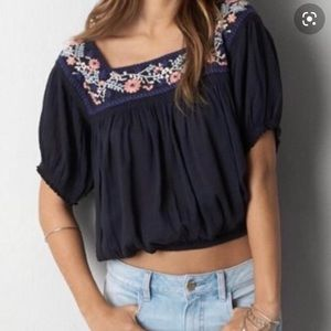 American Eagle boho crop top embroidered flowers